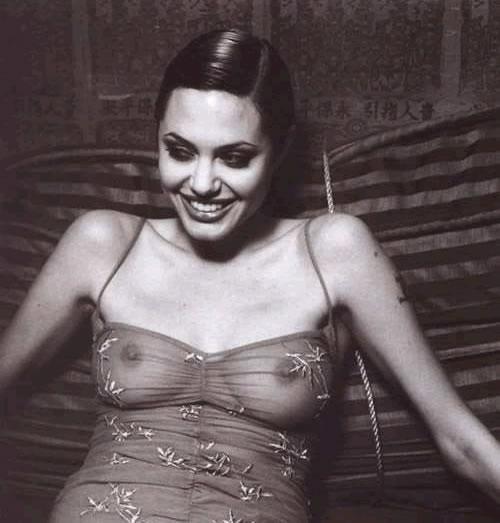 Angelina Jolie Nago