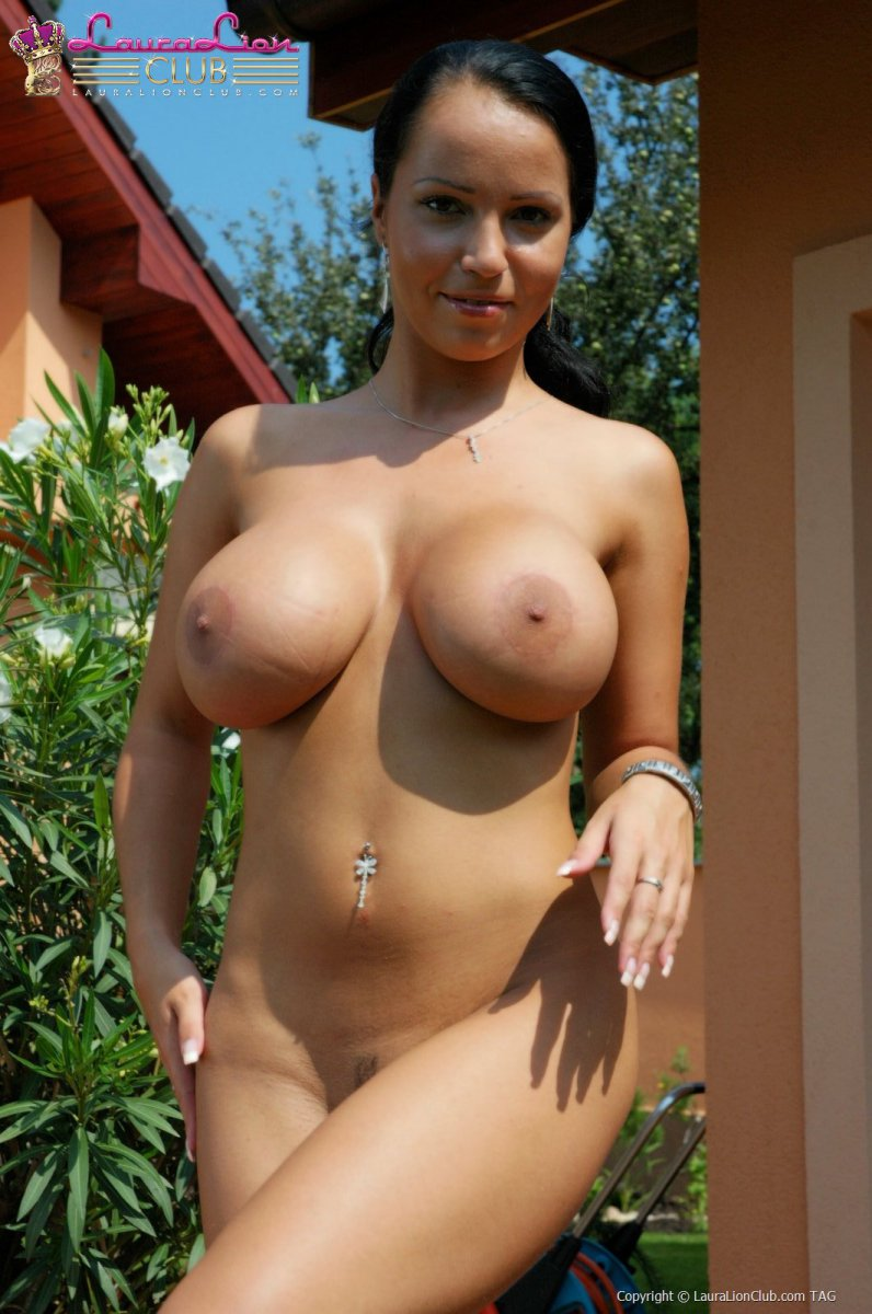 from Micheal hot beautiful and naked women