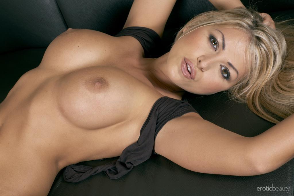 красивые девушки голые фото смотреть