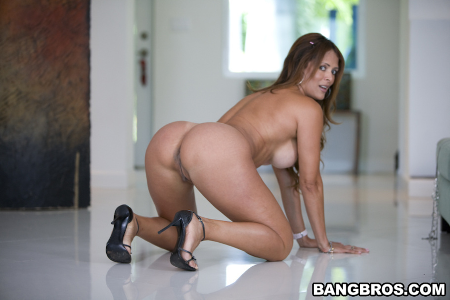 Nikki Sexx i Monique Fuentes