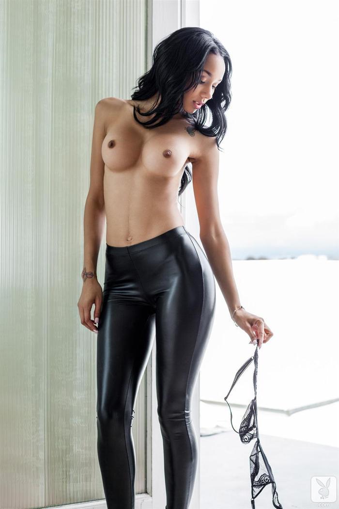 seks w czarnych leginsach czarna mama cipki wideo