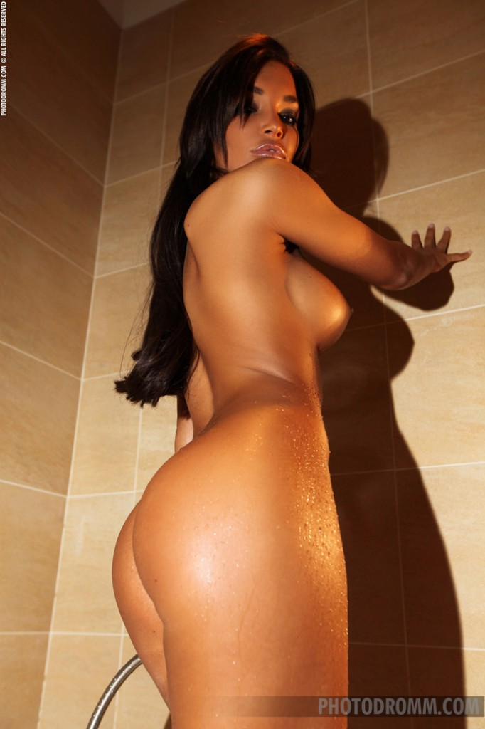 Czarnulka w kąpieli