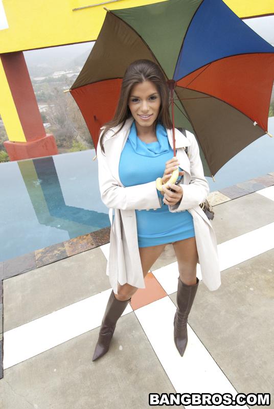 Madelyn z parasolką
