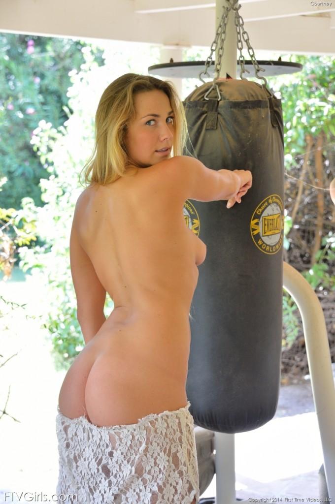 Blondynka na siłowni