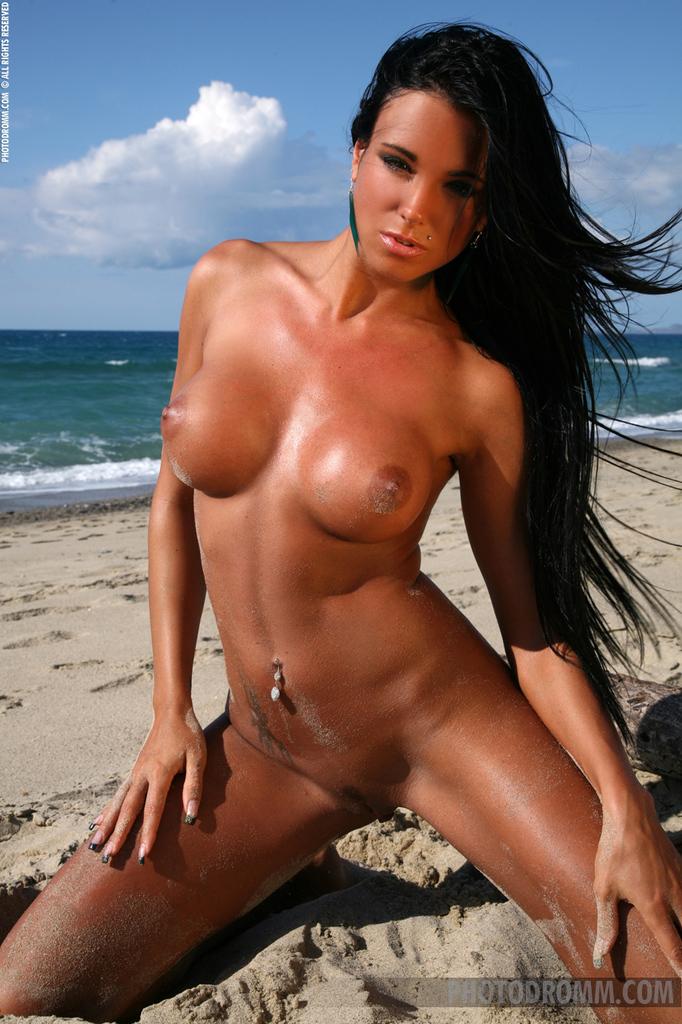 Cycki w piasku