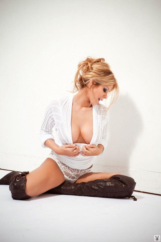 Wyborna modelka Playboya