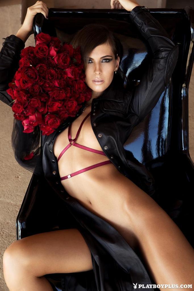 Ekstra suczka z różami