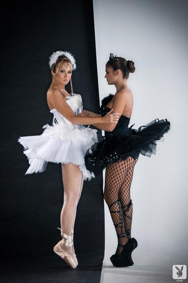 Czarno białe baletnice