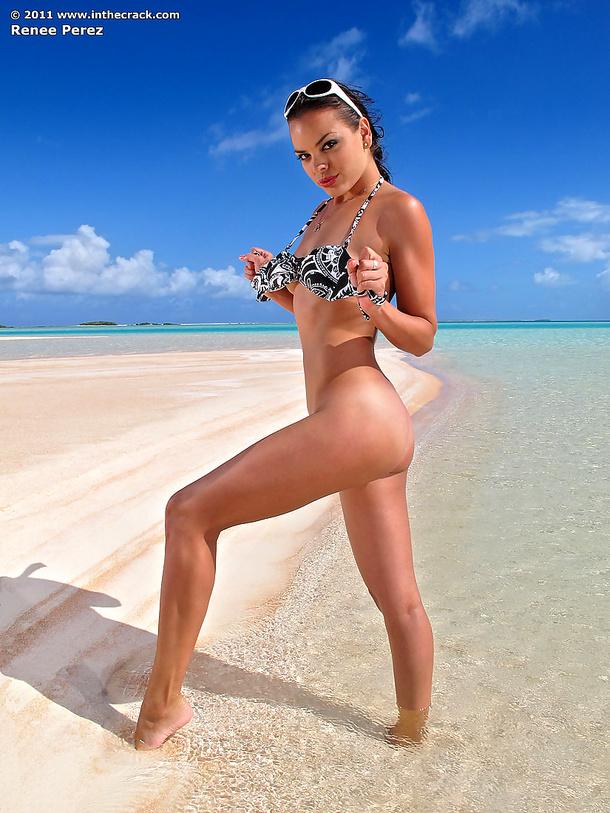 Renee na plaży