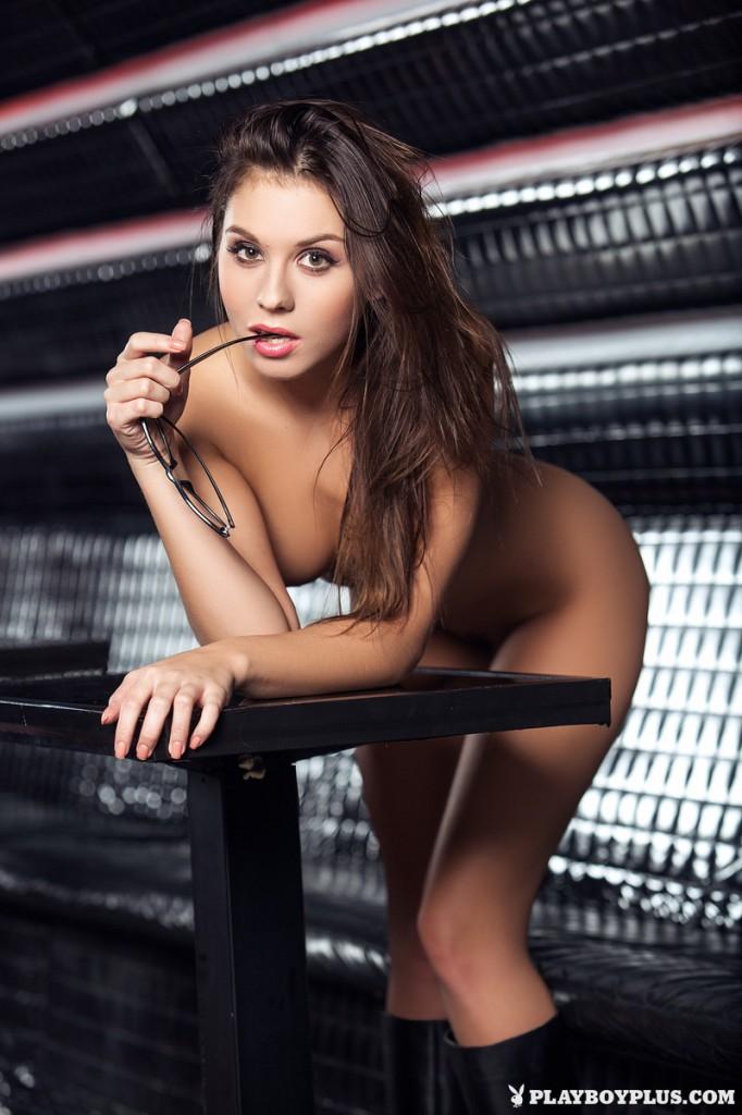 Hot_Sabrisse_14