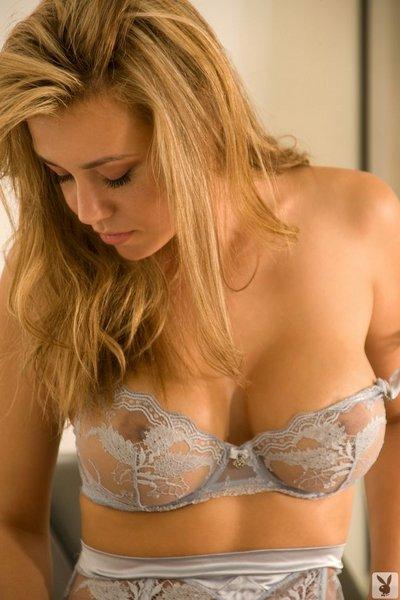 Ładne naturalne piersi