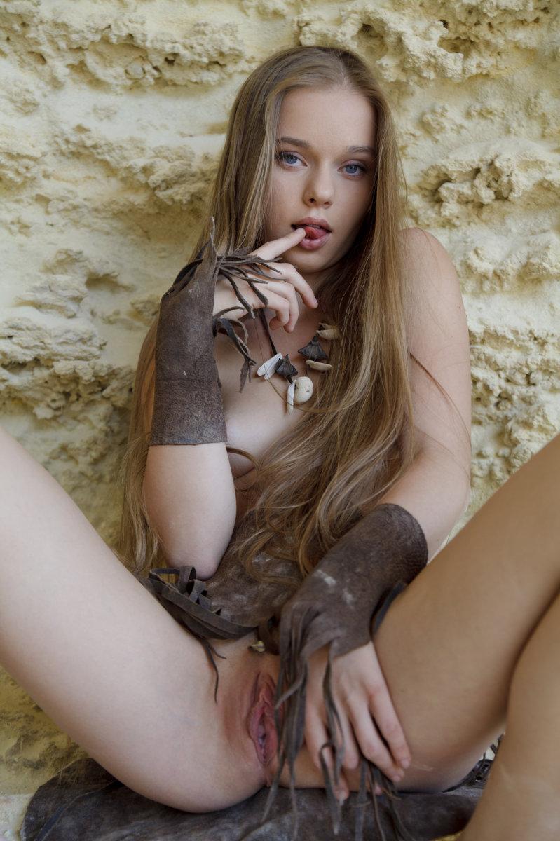 Nude Sunna Naked Scenes