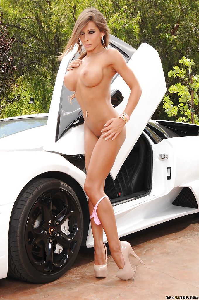 Me! Nude babes and cars peachy does
