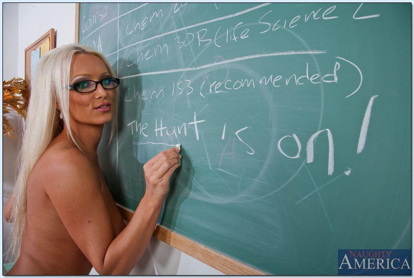 teacher-erotyka-in-university-images-of-latino-girls-with-pubic-hair
