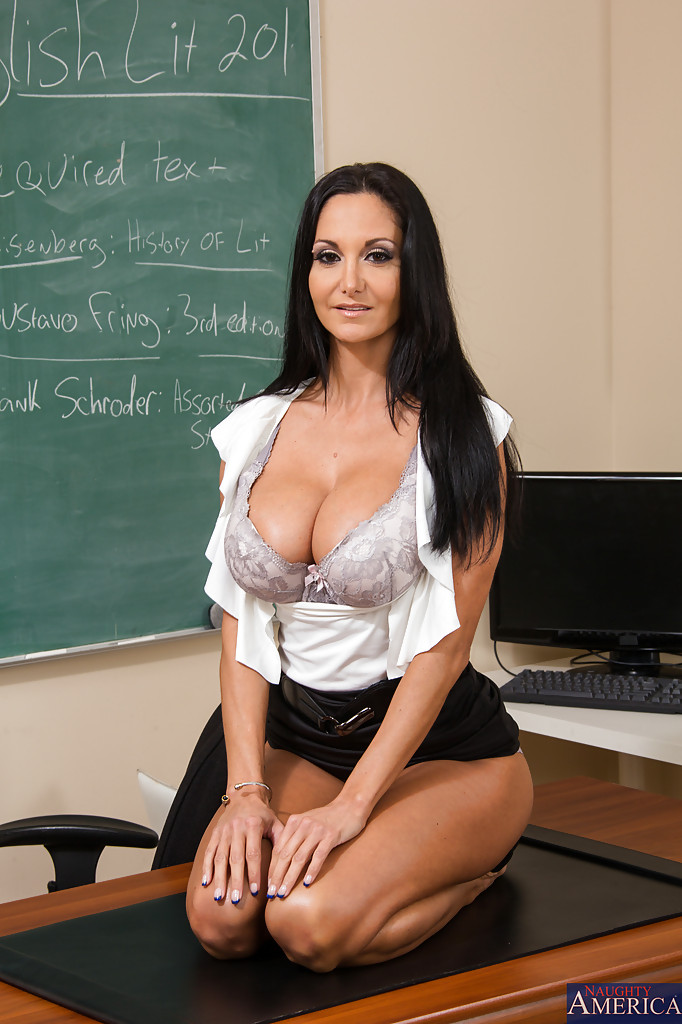 teacher-ava-addams-hot-kylie-ireland-fuck-porn-pictures
