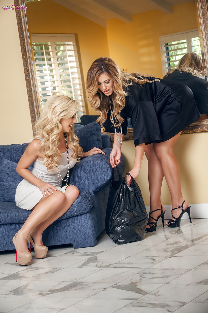 Seksowne blond lesbijki