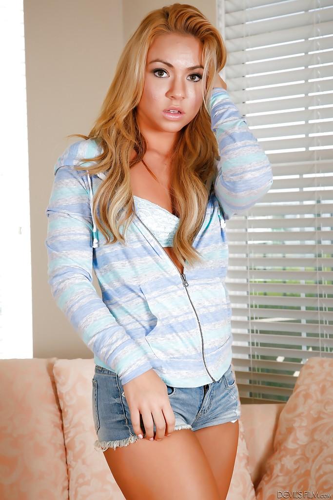 Modelka Katerina Kay