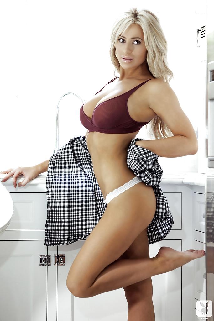 Jordan Ashley w Playboyu