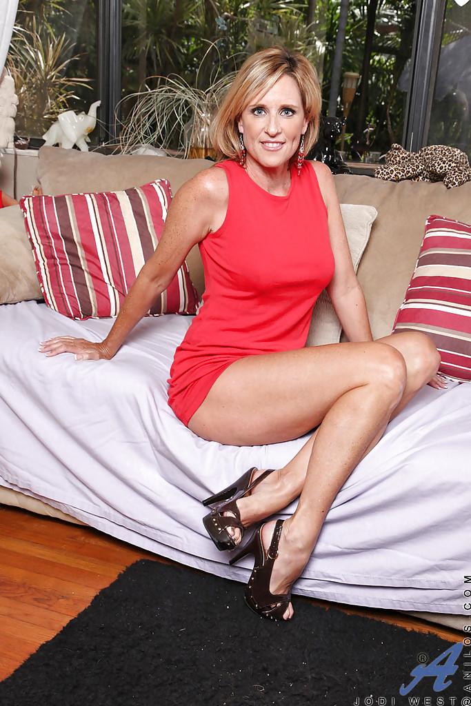 Dojrzała Jodi West
