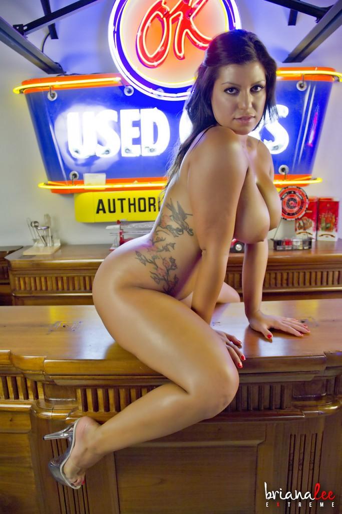 A bartender a stripper and a hockey player mmf bi threesome - 1 part 5