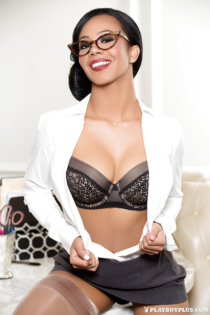 Hope Alina w Playboyu
