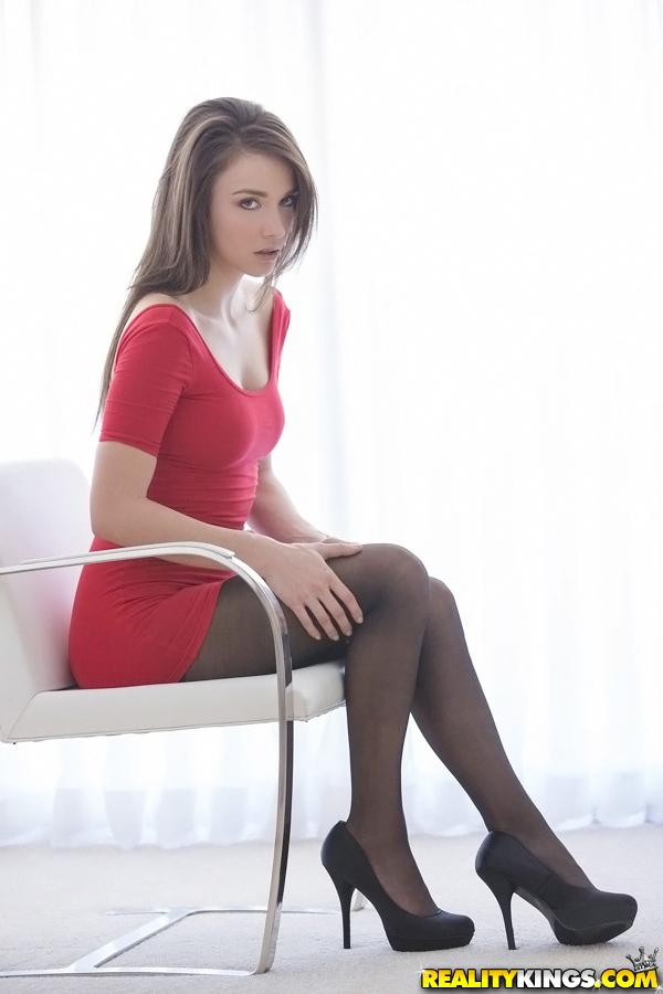 Piękne ciałko Malena Morgan