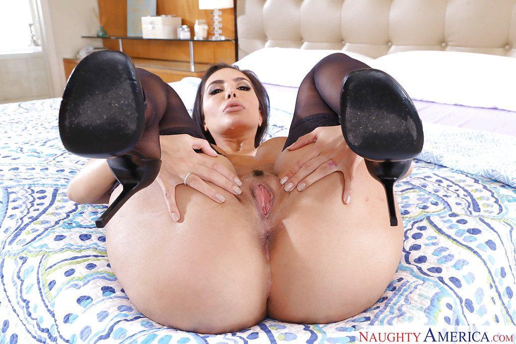 Lela star main squeeze pussy masturbator vanilla