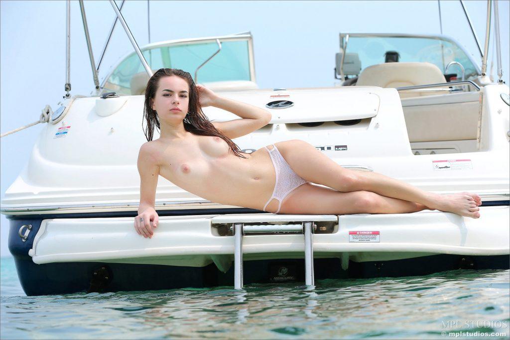 Mokra laska na pokładzie